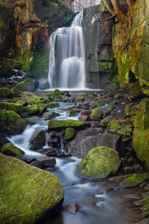 Wk17  Ah  Lumsdale  Waterfall  Derbyshire 2835